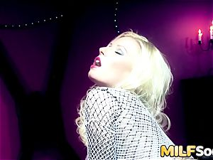 An ass-fuck reaming for milf Michelle Thorne