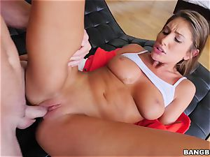 OMFG! I saw my sister August Ames finger-tickling her twat, and I want to bang her