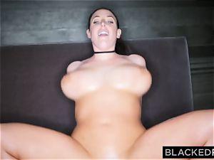BLACKEDRAW dark-hued guy takes Angela milky in her hotel room