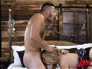 towheaded Alexa grace Gets Her taut cooter plumbed