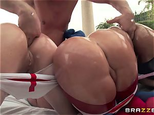 anal bang-out with 3 insane big bootie sluts Krissy Lynn, Nikki Delano and Rose Monroe