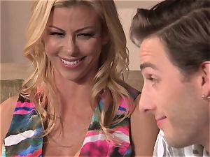 Neighbors wife pt3 sexy cougar Alexis Fawx messing with dangled teen