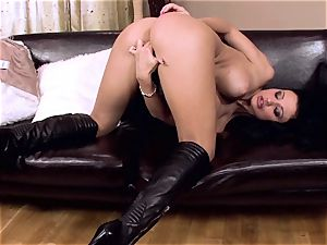 Aletta Ocean paw her vagina with all of her fingers