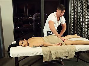Katrina Jade romped in her cootchie