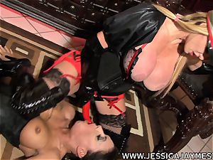 bitch Jessica Jaymes and Taylor Wane the dominatrix