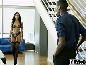 call girl Tiffany perplexed by his black girth