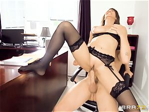 Isis enjoy porking in the office